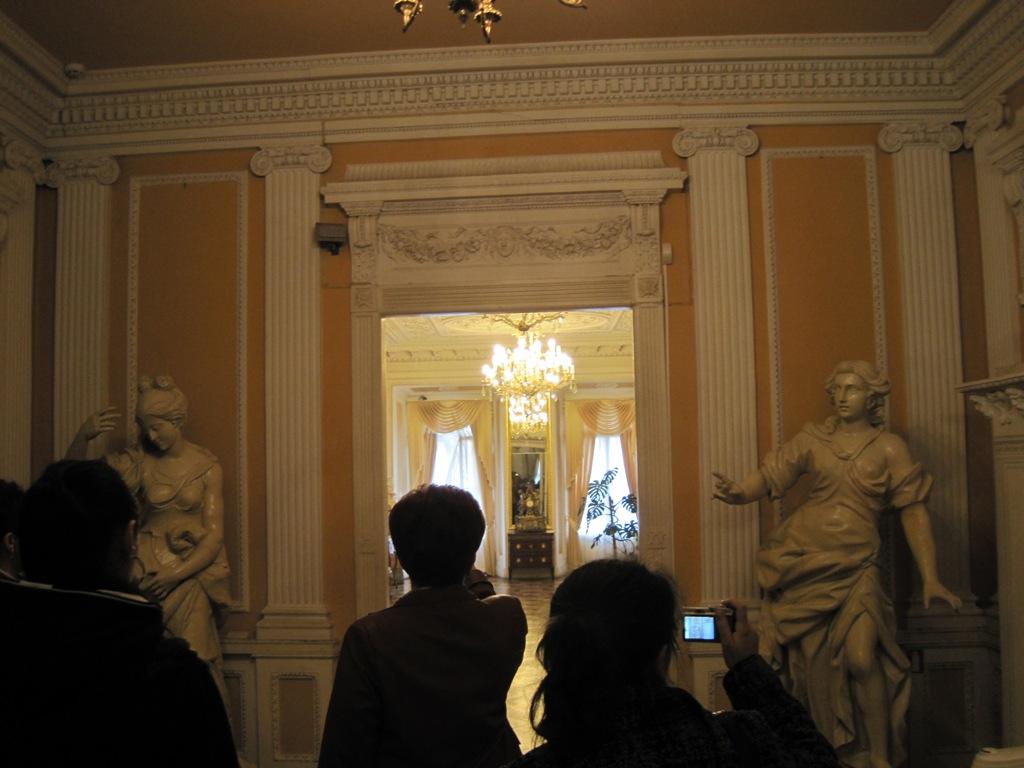 Львівський історичний музей. 3-й поверх, перша кімната.