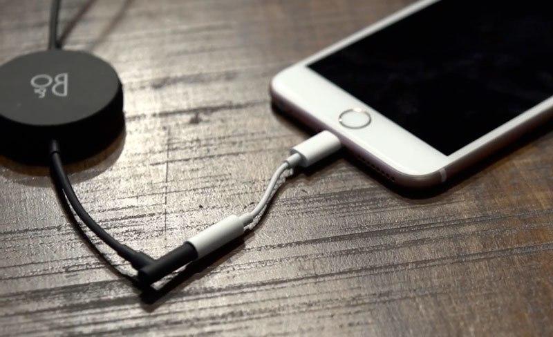 Lightning преходник для iPhone 7