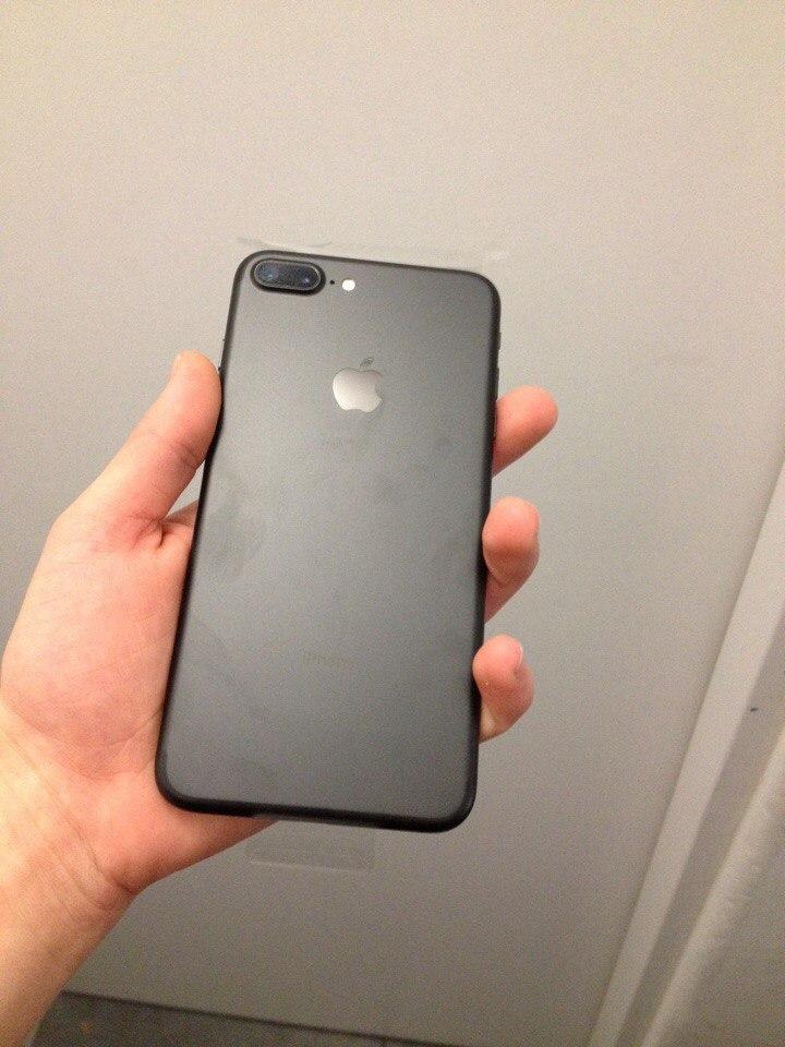 iPhone 7 plus в моїх руках